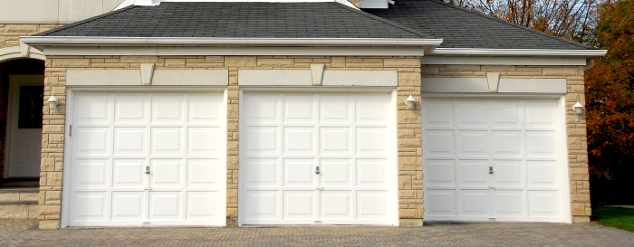 Garage door service at Chcago Illinois