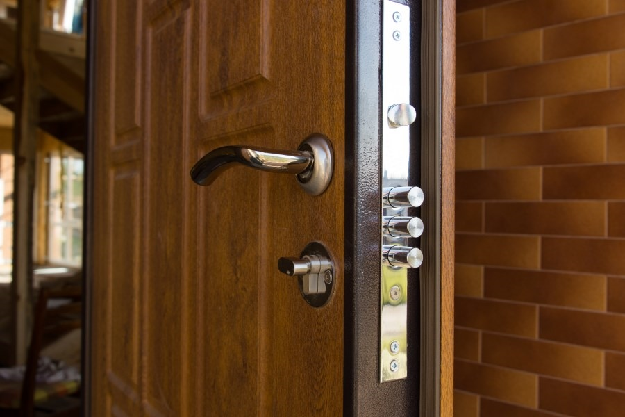 How To Unlock A Door Without A Key >> How To Unlock A House Door Without A Key Panda Locksmith Chicago